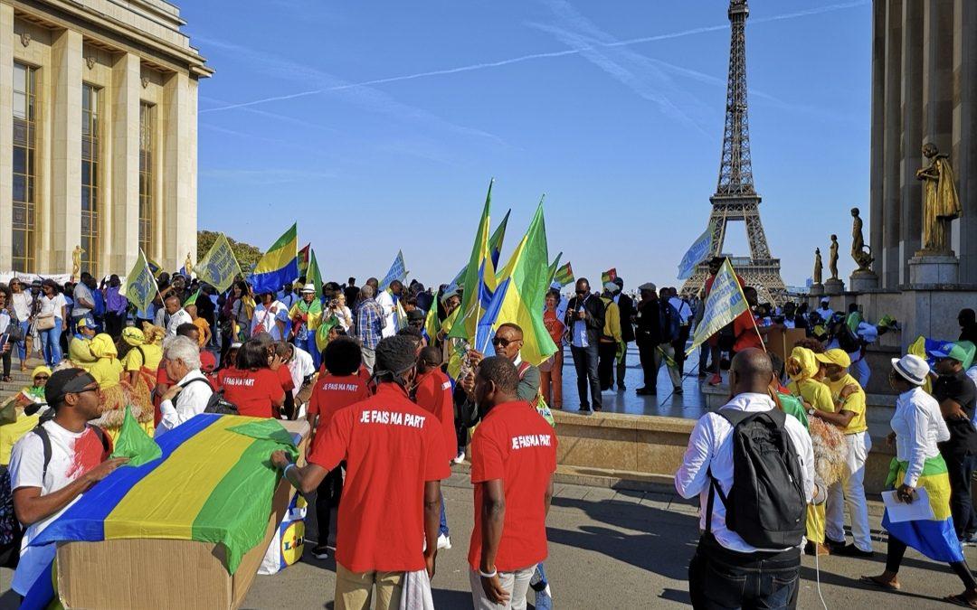 Gabon: Ali Bongo débauche quatre opposants en exil