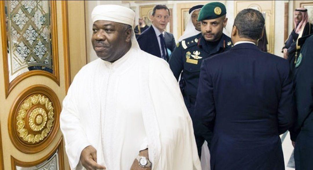 Gabon : Ali Bongo quitte Riyad à bord d'un avion médicalisé