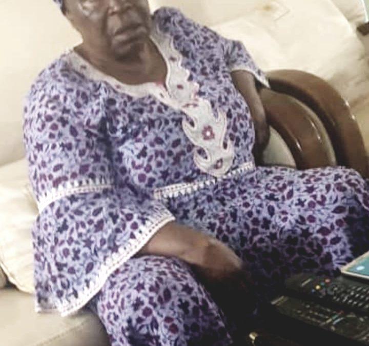 Gabon: la mère du président dans la galère !